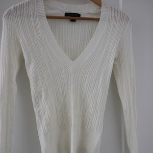 Express white v neck sweater Small